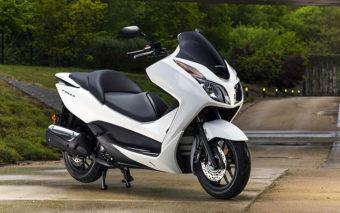 Honda-Forza-300cc